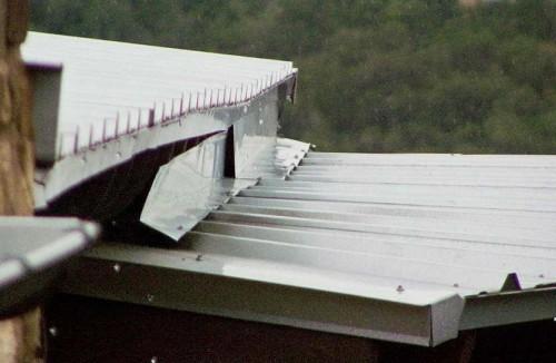 Rutherford Custom Homes roof leaking